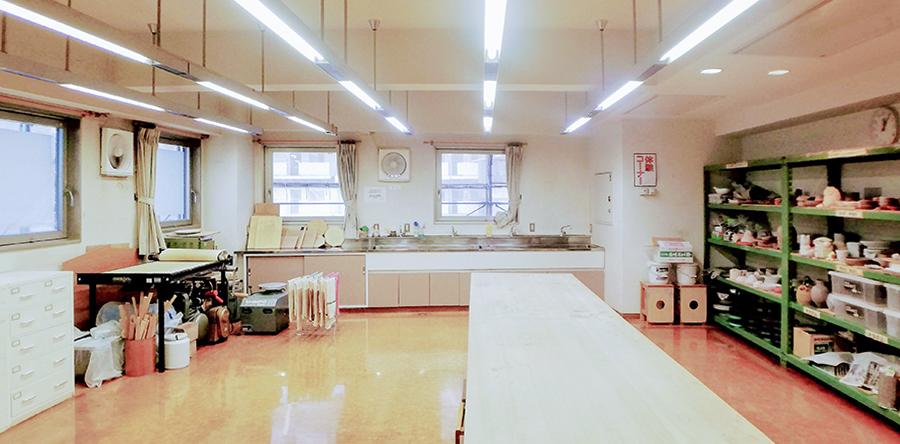 東大阪市リージョンセンター ゆうゆうプラザ : 美術工芸室