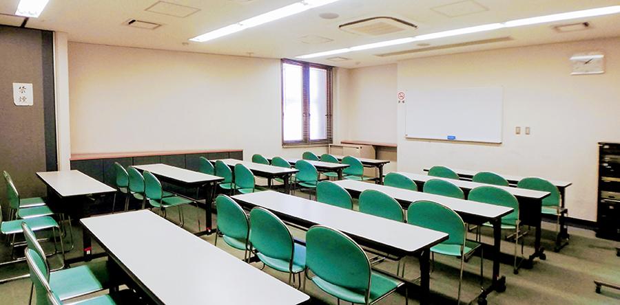 東大阪市リージョンセンター ももの広場 : 会議室1