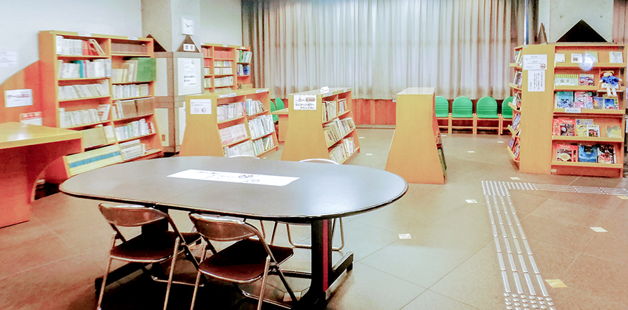 東大阪市リージョンセンター グリーンパル : 図書コーナー
