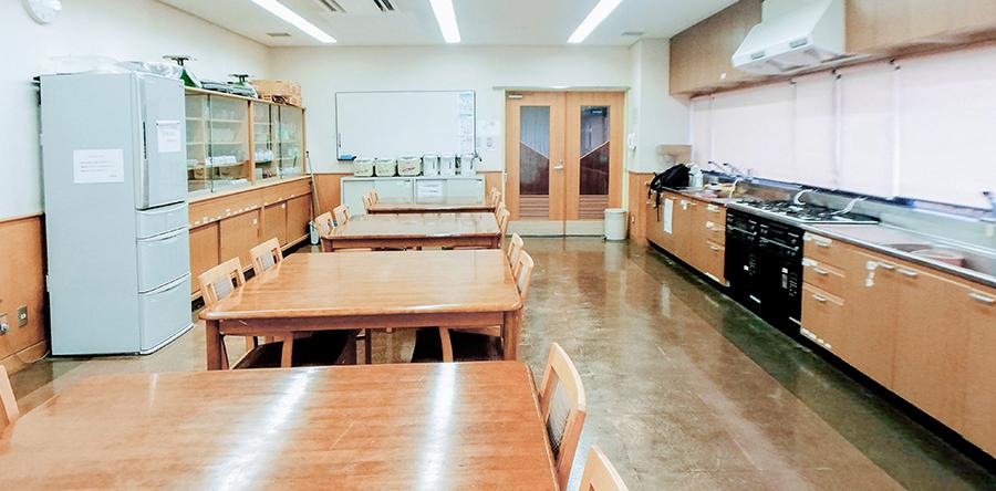 東大阪市リージョンセンター くすのきプラザ : 料理室