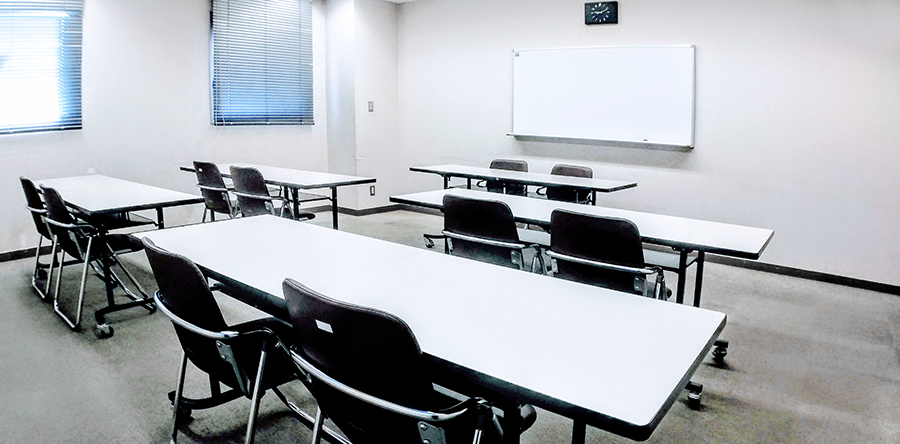 東大阪市リージョンセンター やまなみプラザ : 小会議室