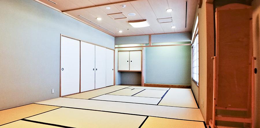 東大阪市リージョンセンター くすのきプラザ : 和室